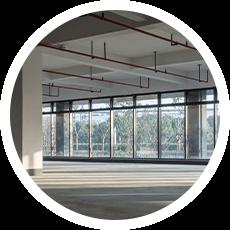 Gewerbehalle nach einer Betriebsauflösung in Göppingen